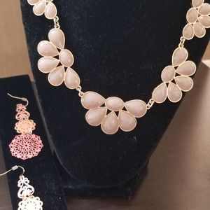 Jewelry - New Beautiful stylish necklace and earrings